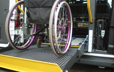 Corigliano (CS) – Negato diritto allo studio: blocco del trasporto pubblico per i diversamente abili