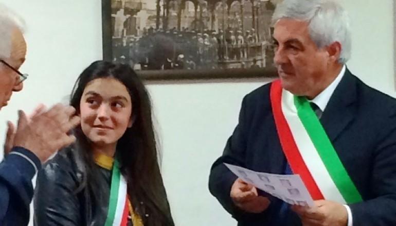 Rossano (CS): Il commissario straordinario Aldo Lombardo incontra la baby sindaco Alessia Lapietra