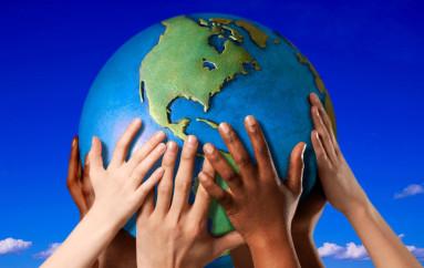 """Rossano (CS): """"Earth Day"""" – Ecoross aderisce con 4 info point per promuovere la raccolta differenziata"""