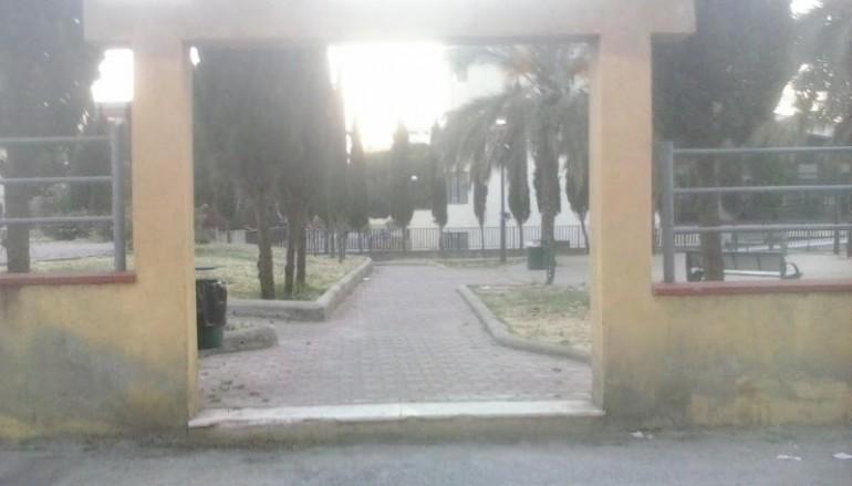 Reggio Calabria: 25 Aprile – La Destra Reggina lo trascorre bonificando Piazza dei Martiri della Rivolta