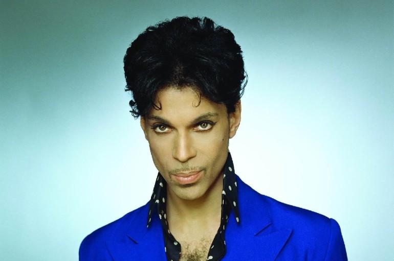 Dal Mondo – Stati Uniti – Minneapolis – E' morto Prince – Addio al cantante trovato senza vita nella sua abitazione