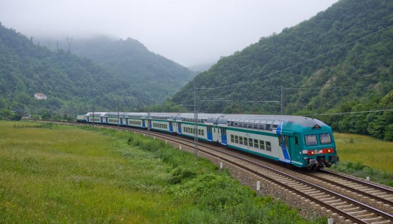 Calabria – Trenitalia, potenziato il servizio di pulizia in corso di viaggio