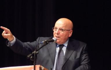 Calabria – Mario Oliverio plaude alla fusione tra Rossano e Corigliano