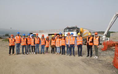 """Lamezia Terme (CZ): Una classe di studio del """"DICEAM"""" dell'Università di Reggio Calabria in visita al cantiere dov'è in atto la costruzione del nuovo Palasport"""