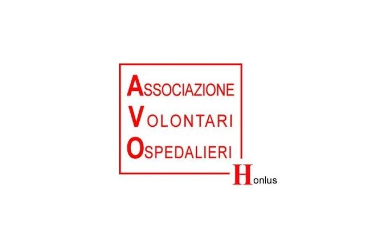 Crotone: In arrivo le consegne dei camici per i volontari AVO
