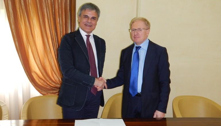 """Cosenza: Prefettura,Unindustria e Confindustria firmano il """"Protocollo di Legalità"""""""