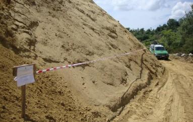 Luzzi (CS) – Sbancamento abusivo finalizzato alla realizzazione di una cava, eseguito sequestro del Cfs