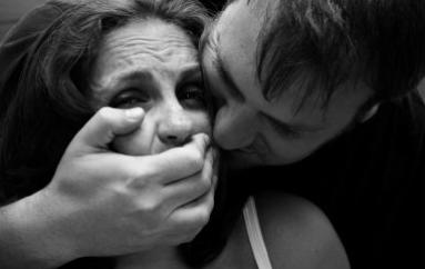 Castrovillari (CS): Violenza sessuale e stalking, indagato 60enne