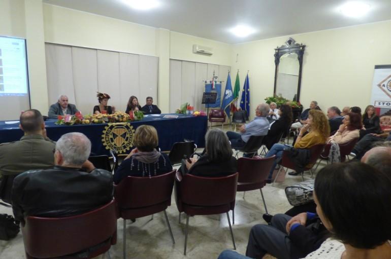 """Dall'Italia – Presentato al Salone Internazionale del Libro di Torino il racconto """"La scelta"""" dell'autrice catanzarese Adriana Lopez"""