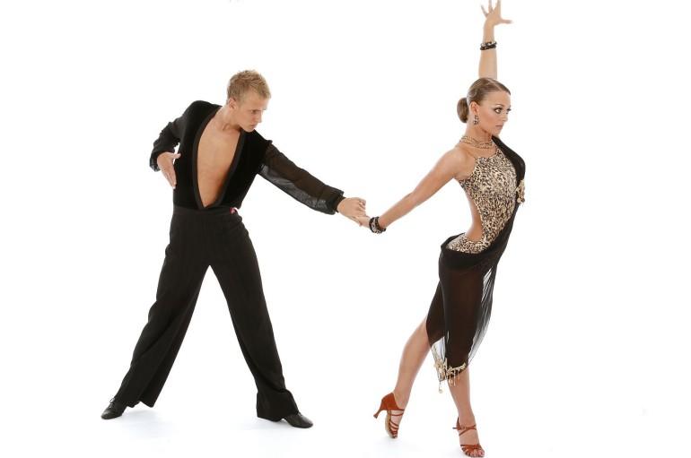 Crosia (CS): Gran Galà del Ballo, evento di elevato valore sociale