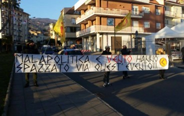 Lamezia Terme (CZ): Protesta di Azione Identitaria Calabria all'inaugurazione della Fiera Agricola