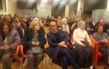Grande successo al Palateatro di Mirto Crosia  per la prima del recital su Don Lorenzo Milani  degli allievi della IV A del Liceo Scientifico di Rossano
