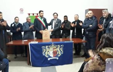 Defibrillatore donato dalla Fidelitas al Comune di Longobucco